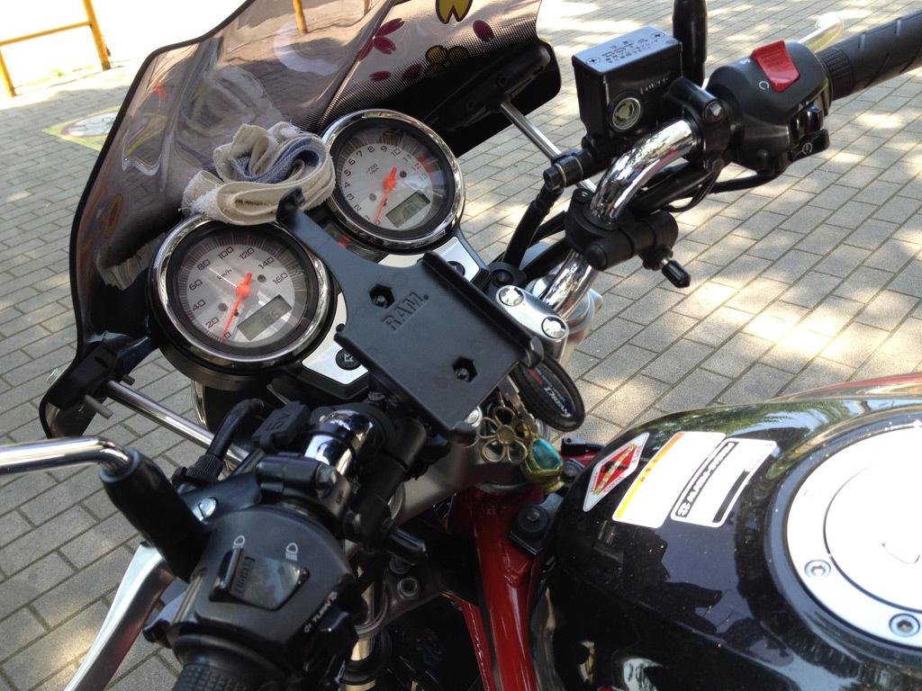 バイク用iPhoneマウント_b0005376_22530803.jpg