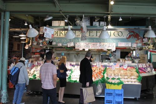 ほぼ初めてのシアトル?!その2ーPike Place Market散策_e0123104_22244065.jpg