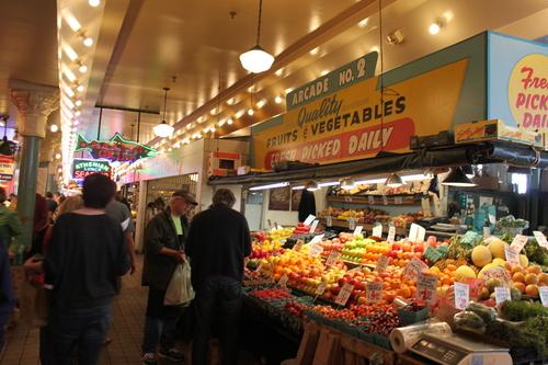 ほぼ初めてのシアトル?!その2ーPike Place Market散策_e0123104_22302440.jpg