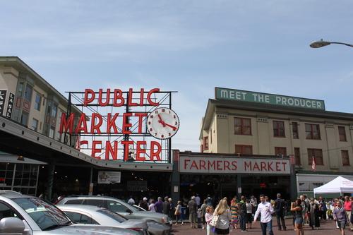 ほぼ初めてのシアトル?!その2ーPike Place Market散策_e0123104_22402177.jpg