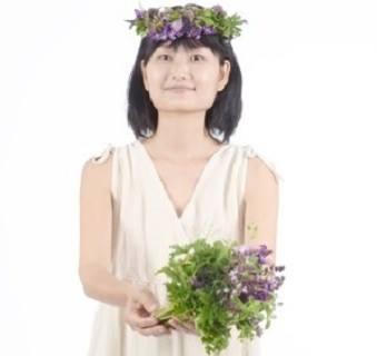春のハーブで花冠作り『海坐×磯崎由香コラボproduce』_d0100638_18414616.jpg