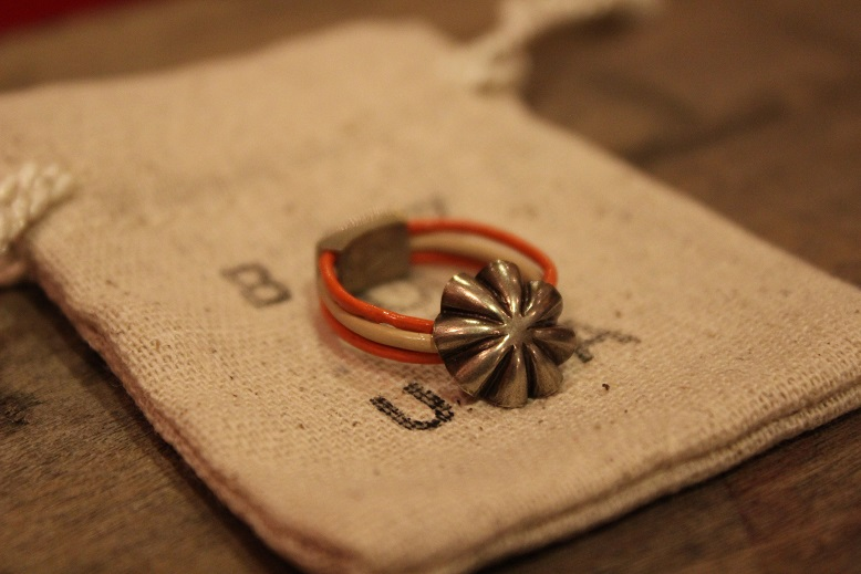 """Button Works \""""NAVAJO CONCHO LEATHER RING & BRACELET\"""" ご紹介_f0191324_1050924.jpg"""