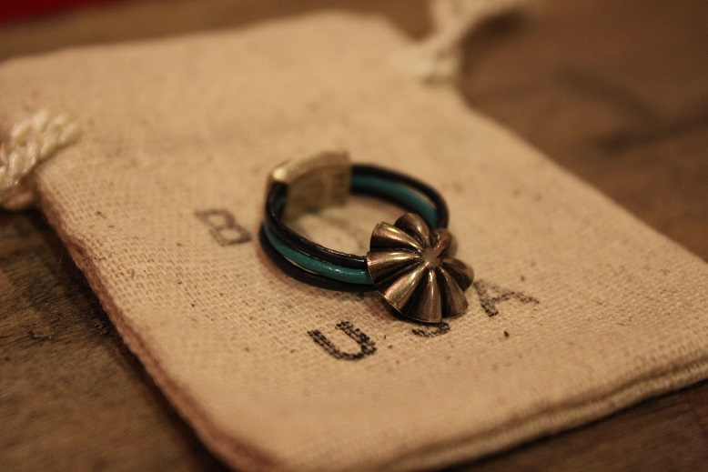 """Button Works \""""NAVAJO CONCHO LEATHER RING & BRACELET\"""" ご紹介_f0191324_1051169.jpg"""