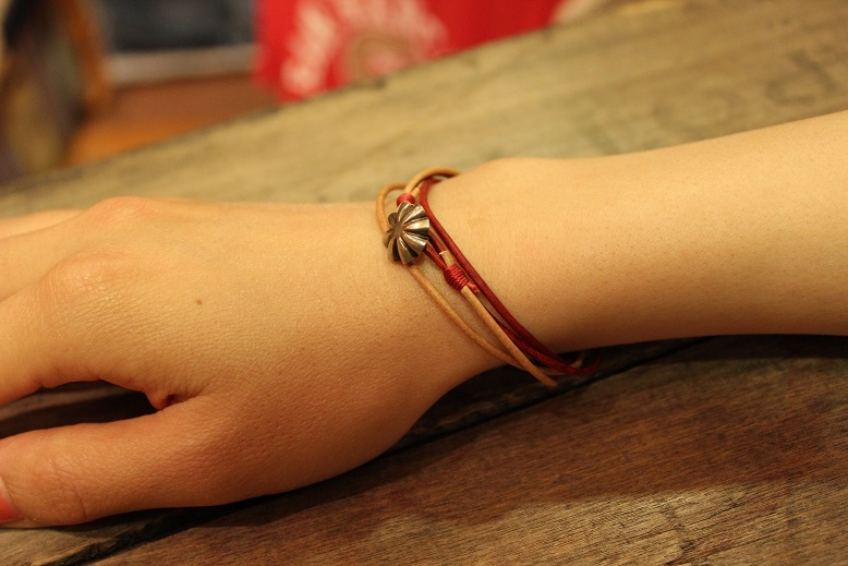 """Button Works \""""NAVAJO CONCHO LEATHER RING & BRACELET\"""" ご紹介_f0191324_1052397.jpg"""