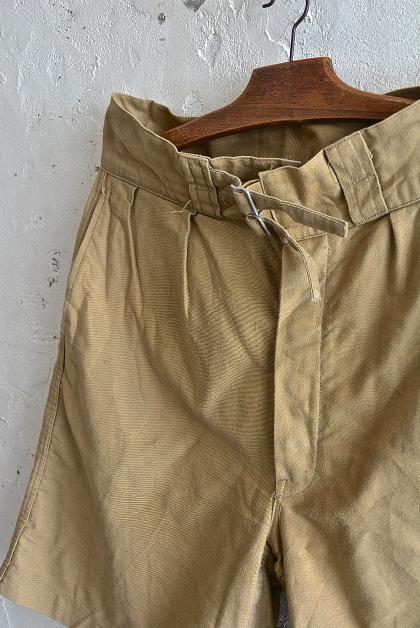 Italian army chino shorts (gurkha shorts)_f0226051_1553765.jpg