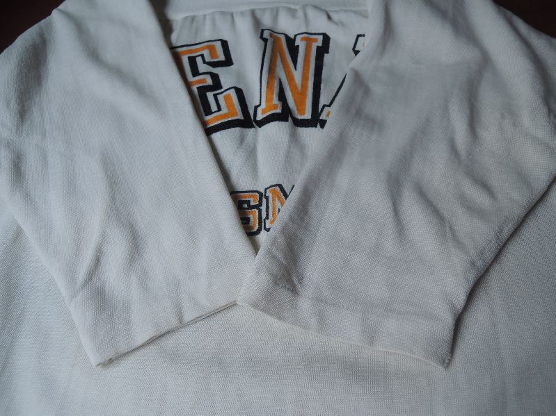OLD FOOTBALL T-SHIRTS--RECOMMEND--_c0176867_14275167.jpg