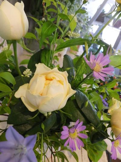 オークリーフ花の教室(石川さんの作品)_f0049672_1820555.jpg