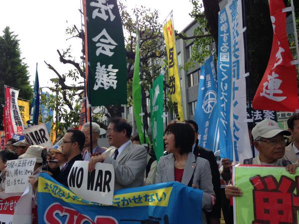 レッドアクション 官邸前抗議 ほか_f0212121_15173995.jpg