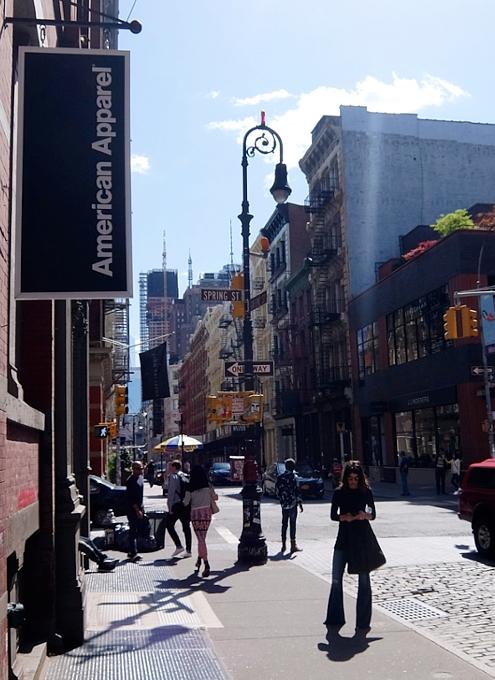 ニューヨークのSohoに家族連れが増えてる印象_b0007805_22455890.jpg