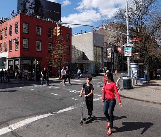 ニューヨークのSohoに家族連れが増えてる印象_b0007805_22493871.jpg