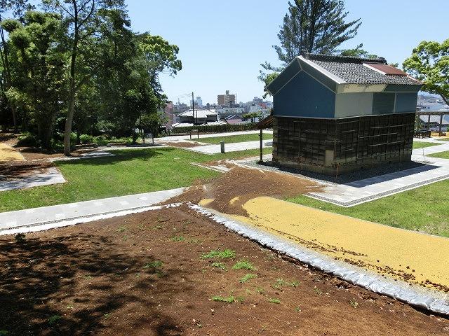 これから重要になる吉原公園・東泉院広場の維持管理と活用_f0141310_653154.jpg