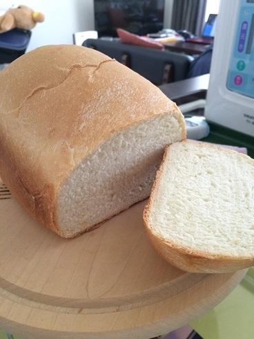 久しぶりにパンを焼いてみた_e0195766_12574225.jpg