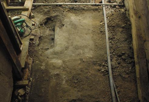 土間、発掘!_f0348078_11272274.jpg
