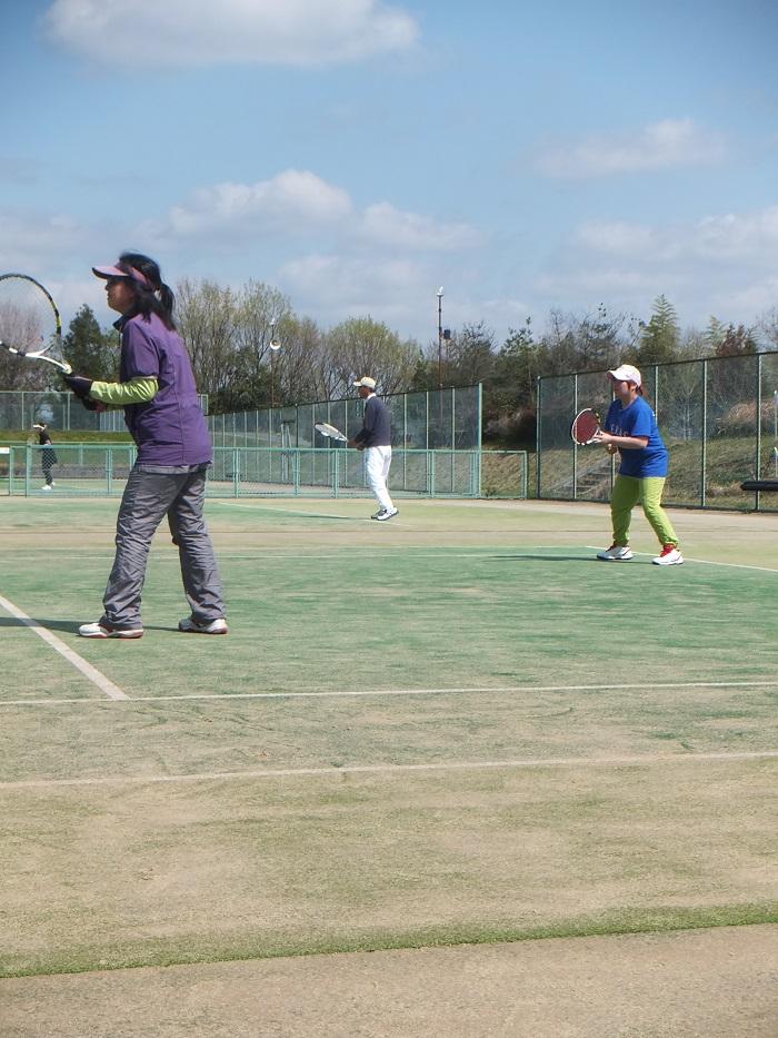 ◆テニス春合宿 ~普段の行いは天気に現れる?の巻~_f0238779_615447.jpg