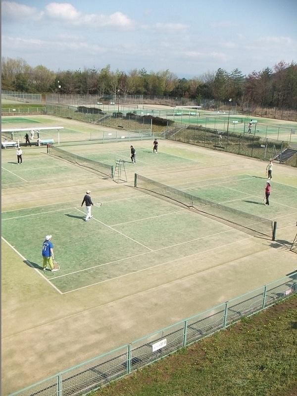 ◆テニス春合宿 ~普段の行いは天気に現れる?の巻~_f0238779_621756.jpg
