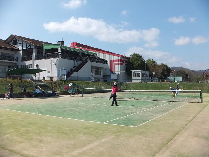 ◆テニス春合宿 ~普段の行いは天気に現れる?の巻~_f0238779_62616.jpg