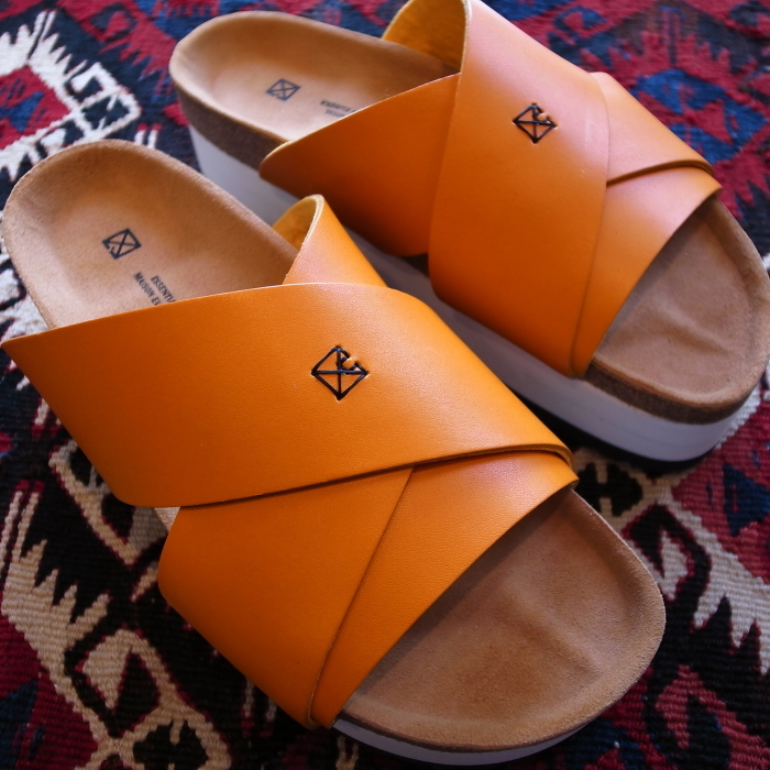 MAISON EUREKA CROSS OVER SANDAL ORANGE_f0111683_13274574.jpg