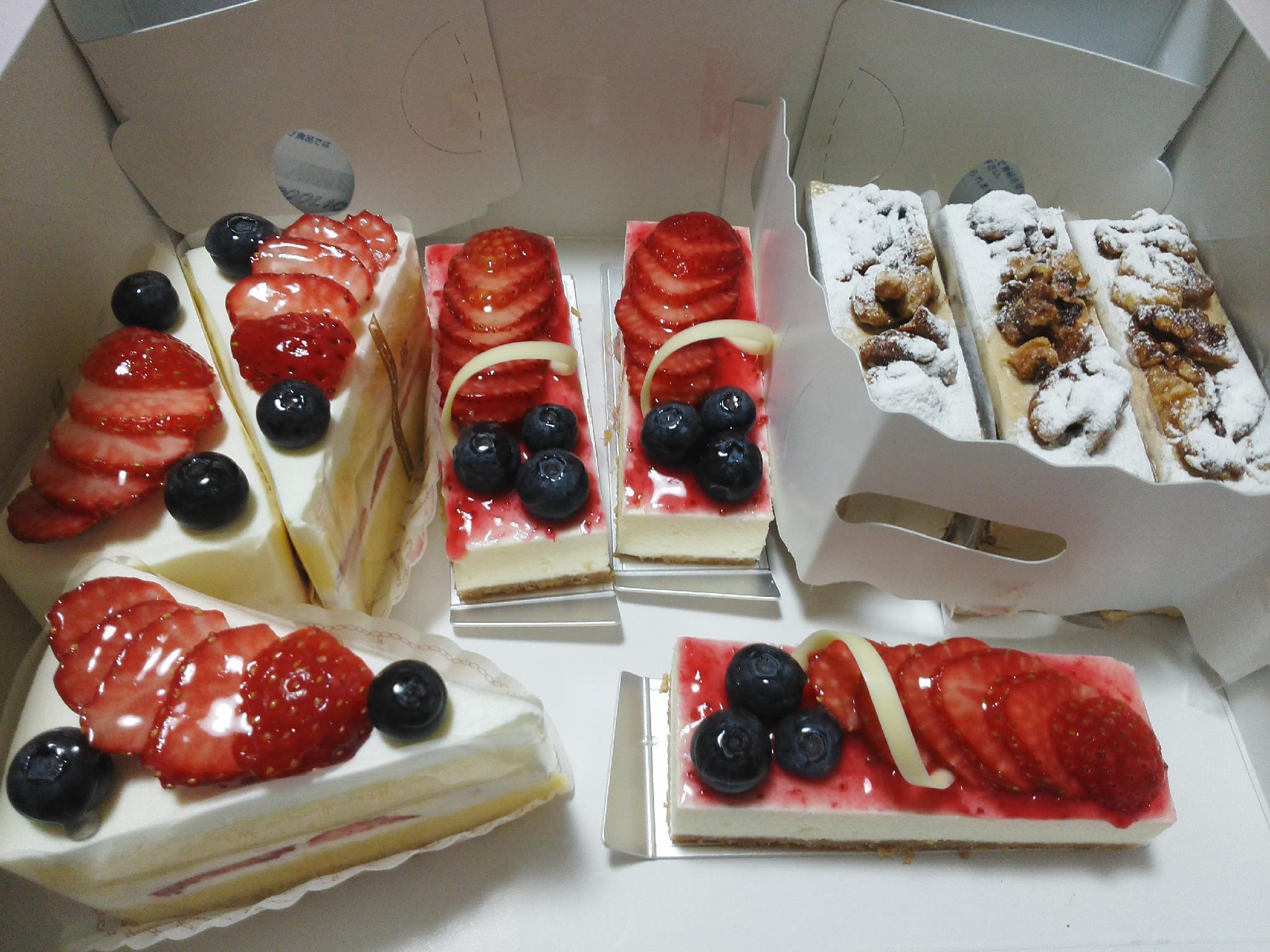 ケーキのお届け_b0237604_17394682.jpg