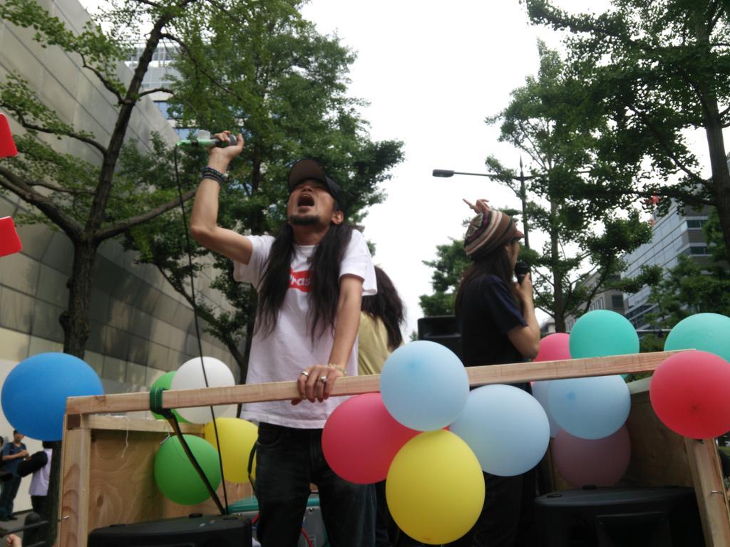 「つぶせ都構想!」大阪サウンドデモに600人_f0212121_1812781.jpg