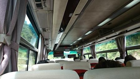 高速バス……_d0051146_122413.jpg