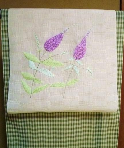 お客さまとお能の会へ・立体的な刺繍の麻の名古屋帯_f0181251_18432891.jpg