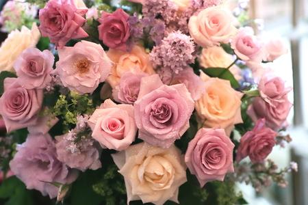 初夏の装花 シェ松尾松濤レストランさまへ  薔薇と、薄い紫で_a0042928_22143024.jpg