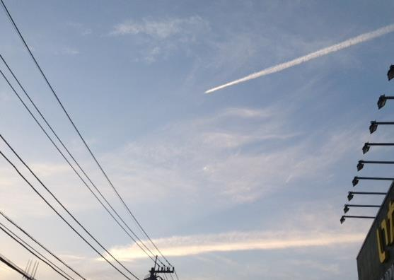 〔空と雲〕神様のお絵かき&空にお習字?…。(^^)_b0298740_22530548.jpg