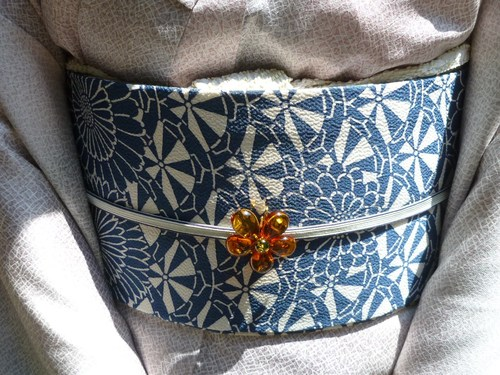 お能の会、皆様の帯周り・立体的刺繍帯コーディネイト。_f0181251_11333675.jpg