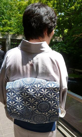 お能の会、皆様の帯周り・立体的刺繍帯コーディネイト。_f0181251_11341421.jpg