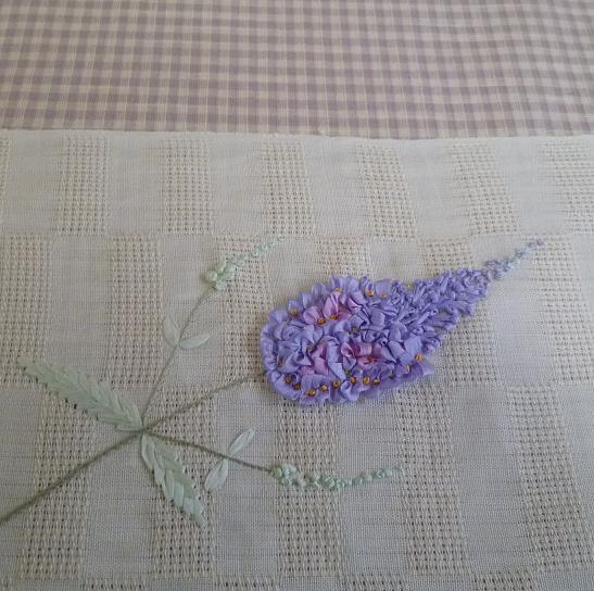 お能の会、皆様の帯周り・立体的刺繍帯コーディネイト。_f0181251_11423911.jpg
