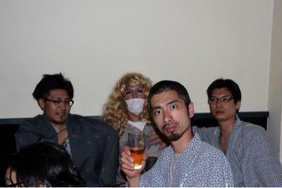 宴会に突入だ〜(笑)_e0166762_19451241.jpg