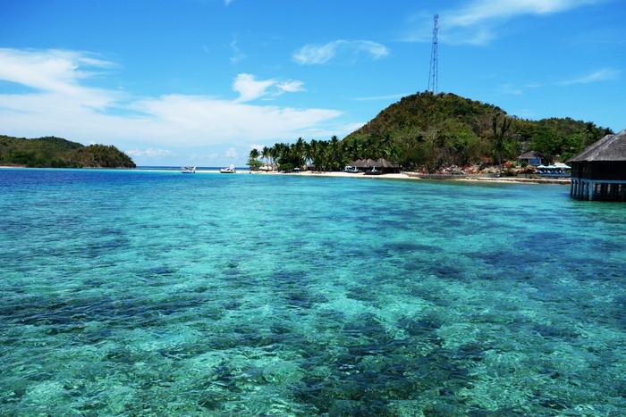 完璧なビーチリゾート、フィリピン・ブスアンガ島_d0116009_851337.jpg
