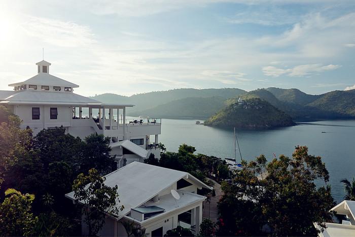 完璧なビーチリゾート、フィリピン・ブスアンガ島_d0116009_983850.jpg