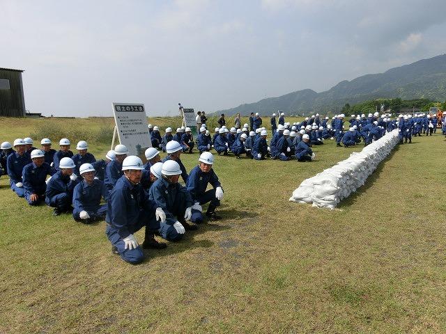 豪雨シーズンに備えた27年度富士市水防訓練_f0141310_7211394.jpg