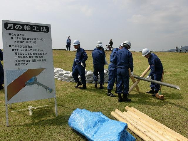 豪雨シーズンに備えた27年度富士市水防訓練_f0141310_722318.jpg