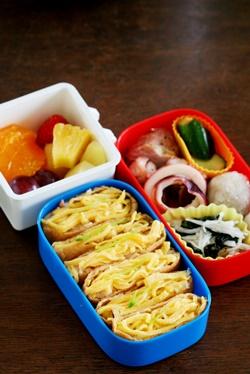 新 女子中学生のお弁当 25&主婦のお弁当_b0048834_1844259.jpg