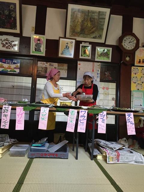 木草庵さんの「山菜そば祭り」_d0182179_1275533.jpg