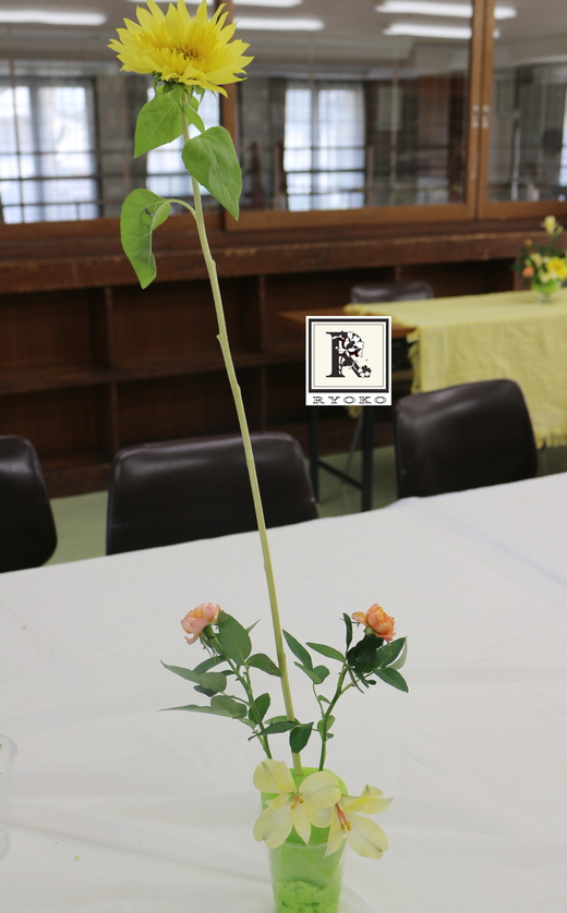 ~発想の転換~  「お花のこよみ教室」はこどものお花とこよみの教室です 2015.5.13_c0128489_029523.jpg
