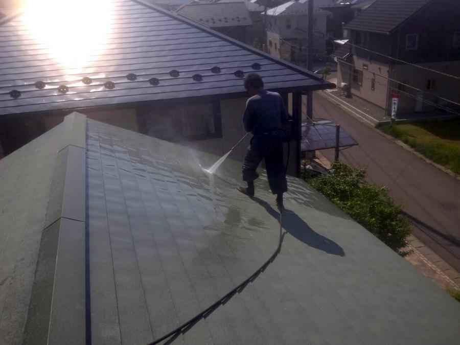 「桜台3丁目の家」 屋根の塗装_f0150893_19174435.jpg