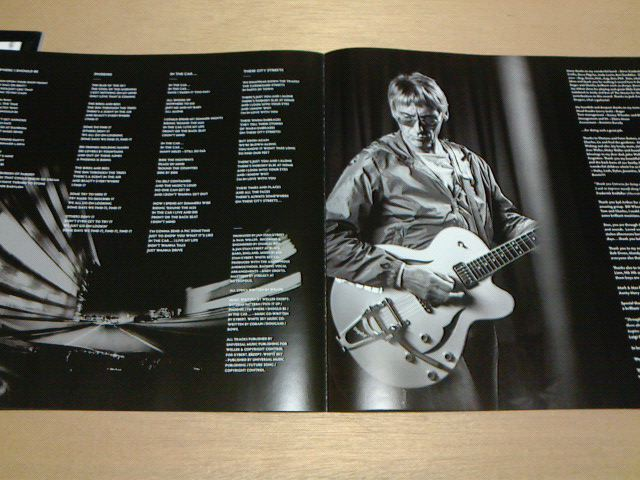 昨日到着レコ 〜 Saturns Pattern / Paul Weller_c0104445_21392810.jpg
