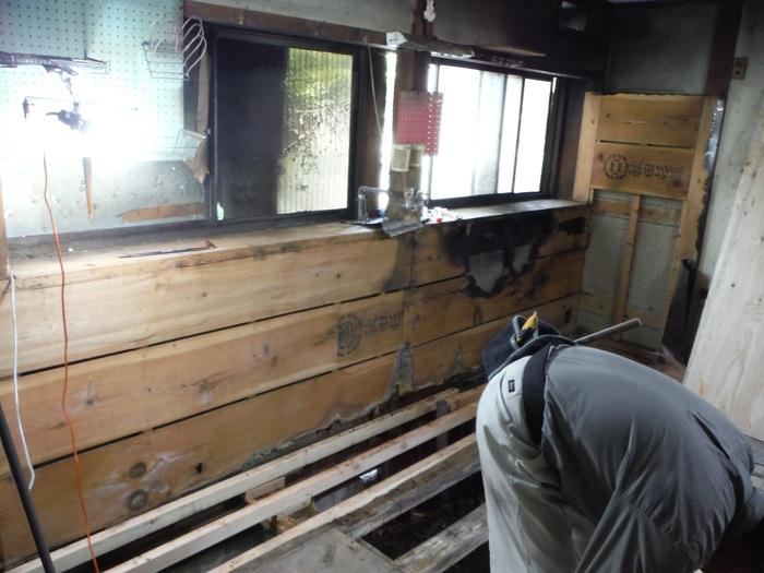 ダイニングキッチン ~ 天井張り_d0165368_1834943.jpg