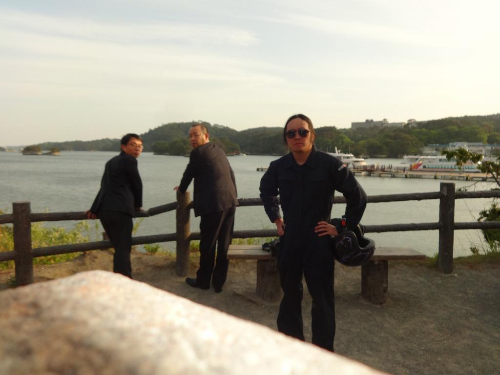 バイクで帰青!【5/14】 三陸被災地巡り~仙台の夜_d0061678_13391941.jpg