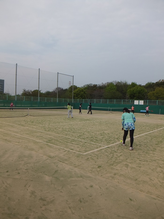◆テニスクラブ内対抗戦 ~やはりメインはアフター?~_f0238779_743299.jpg