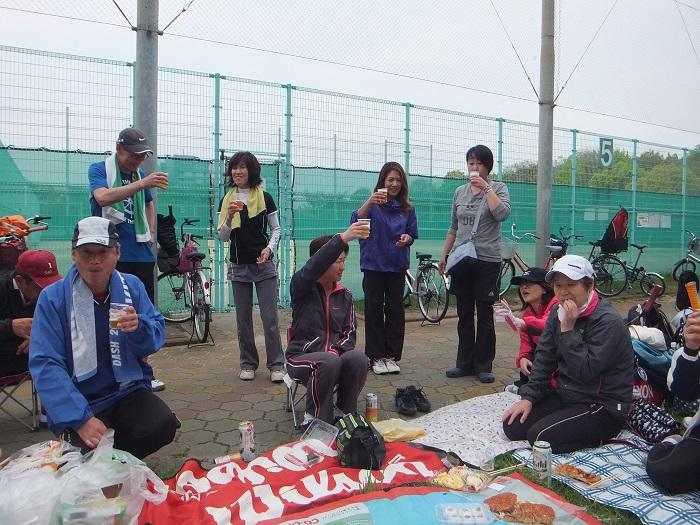 ◆テニスクラブ内対抗戦 ~やはりメインはアフター?~_f0238779_752344.jpg