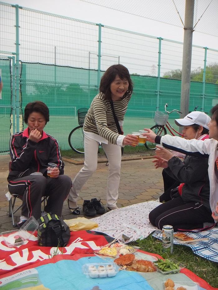 ◆テニスクラブ内対抗戦 ~やはりメインはアフター?~_f0238779_754432.jpg