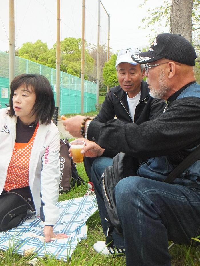 ◆テニスクラブ内対抗戦 ~やはりメインはアフター?~_f0238779_763834.jpg