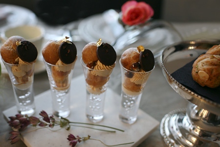 Pâtissière Yuka お菓子アルバム Ⅱ-④ 「Saint-Honoré caramel」_c0138180_131502.jpg