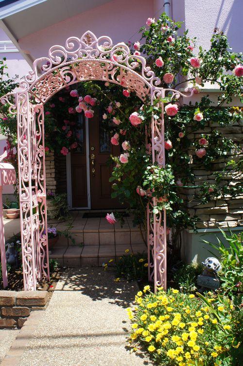 シチリアの初夏~テーブルコーディネート~ 薔薇も満開!_f0215714_1635488.jpg