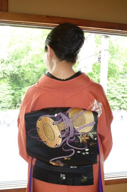 葵祭にぴったりのお姫様の着物にアンティークの帯と小物。_f0181251_16304034.jpg