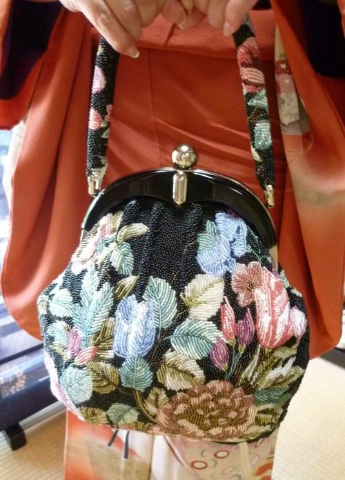 葵祭にぴったりのお姫様の着物にアンティークの帯と小物。_f0181251_16374172.jpg
